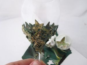 leaf wine glass3
