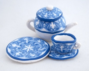miniature blue tea set