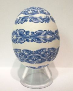 blue scroll work egg