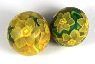 daffodil beads